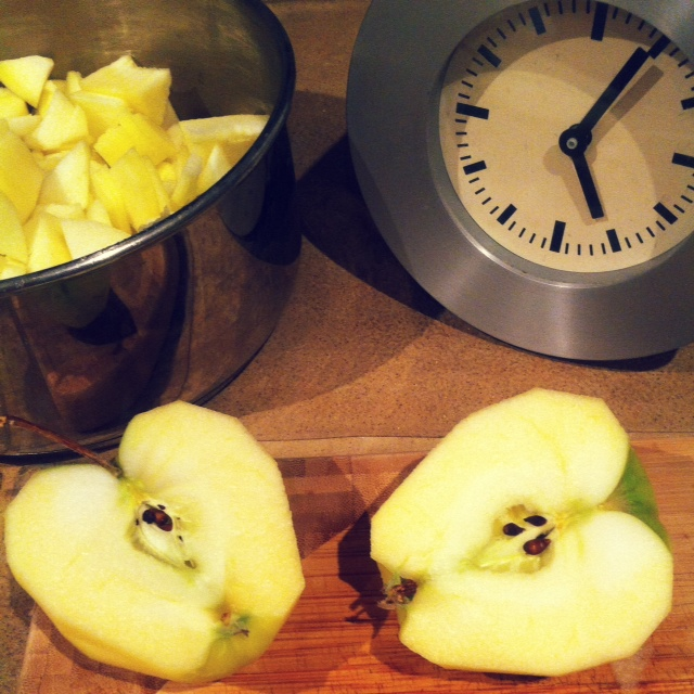 5 AM Apples