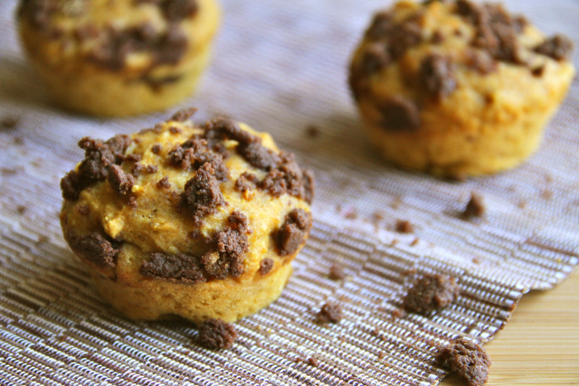 Pumpkin Spice Muffins with Chocolate Fudge Filling