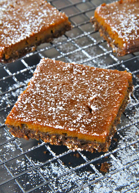 Sugared Pumpkin Gingerbread Bars