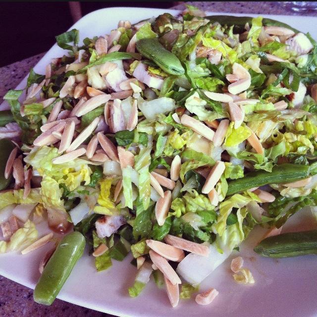 La Brea Almond Salad