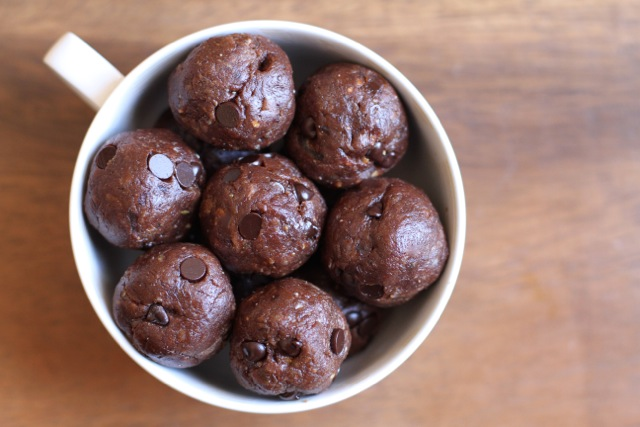 Chocolate Fudge Protein Bites