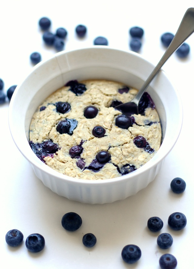 Blueberry Muffin Breakfast Bake -- tastes just like a blueberry muffin, but without any butter, oil, or refined sugar! | runningwithspoons.com #vegan #glutenfree #recipe #healthy