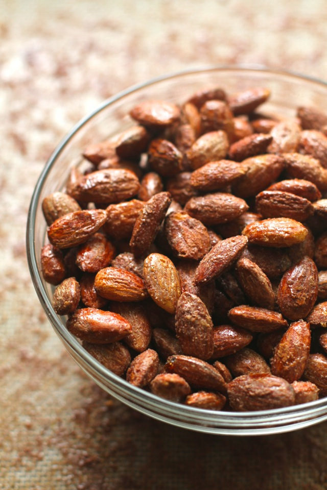 Maple Roasted Almonds -- so easy, so delicious! || runningwithspoons.com #almonds #healthysnack