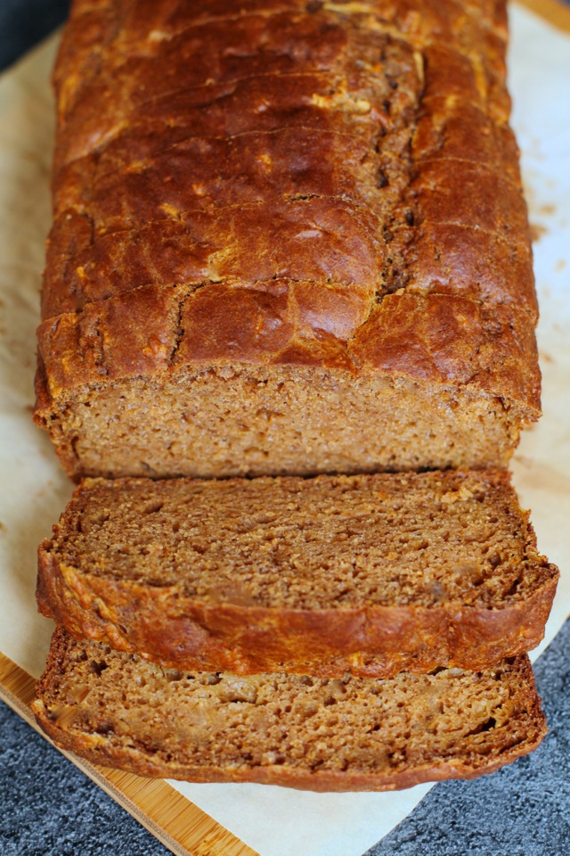 Spiced Greek Yogurt Applesauce Bread