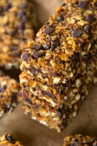 Soft and Chewy Pumpkin Granola Bars4