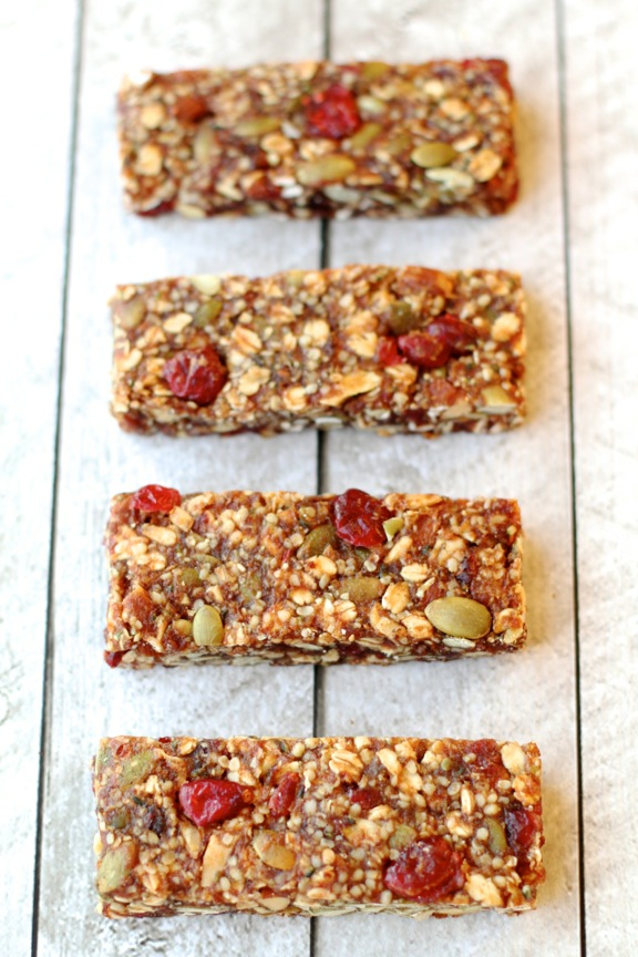 Fruit and Seed Granola Bars || runningwithspoons.com || #vegan #glutenfree #healthy #snack