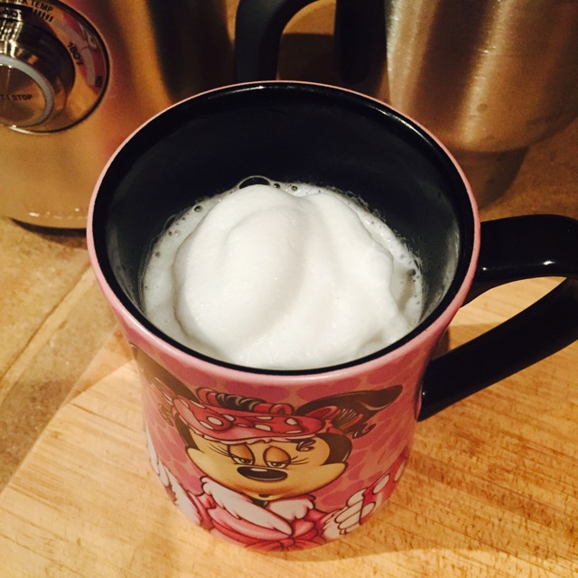 Thick and Creamy Almond Milk Froth