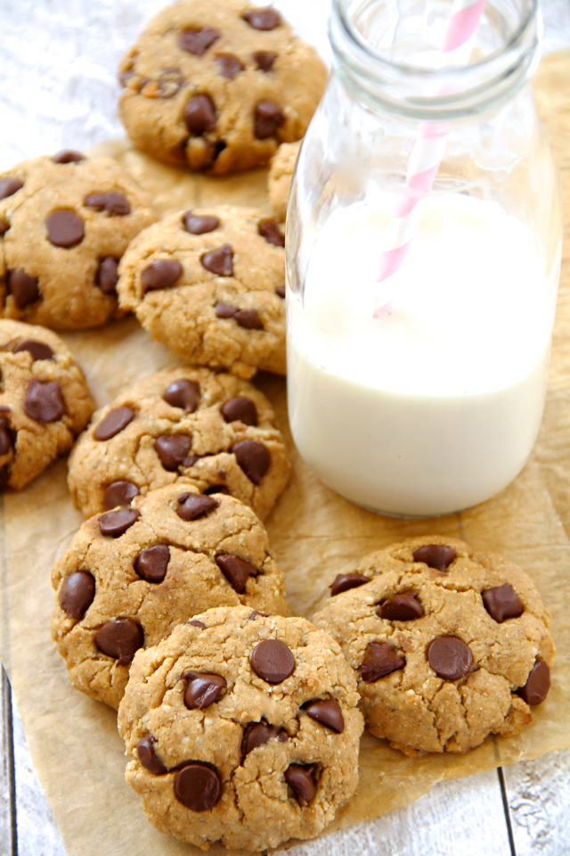 gluten free vegan chocolate chip cookies will please even gluten ...