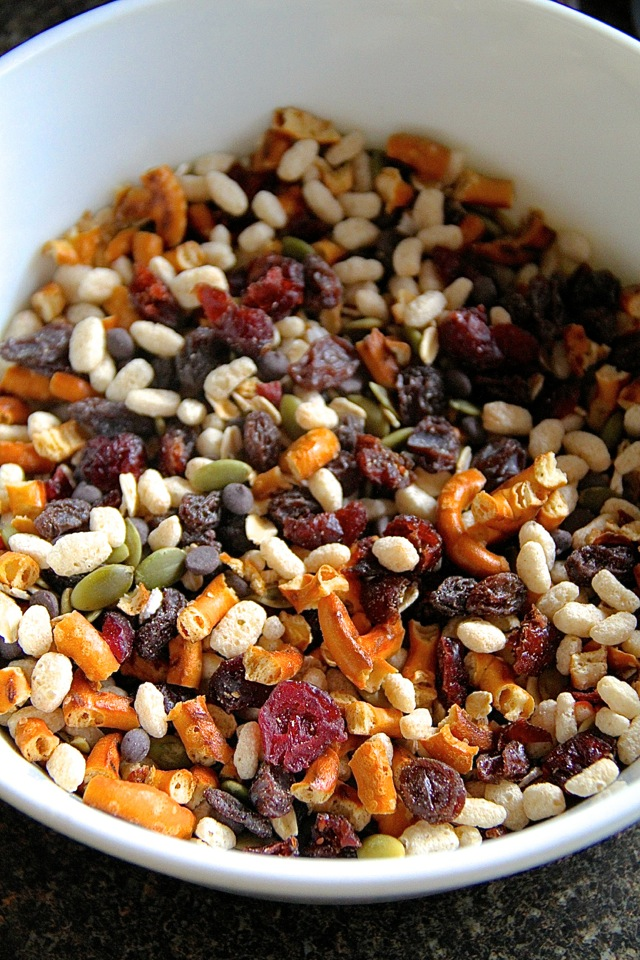 Trail Mix Bar Ingredients