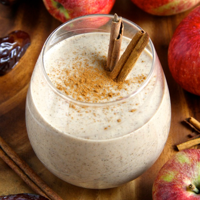 Apple Overnight Oatmeal Smoothie