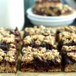 Chocolate-Fudge-Banana-Oat-Bars
