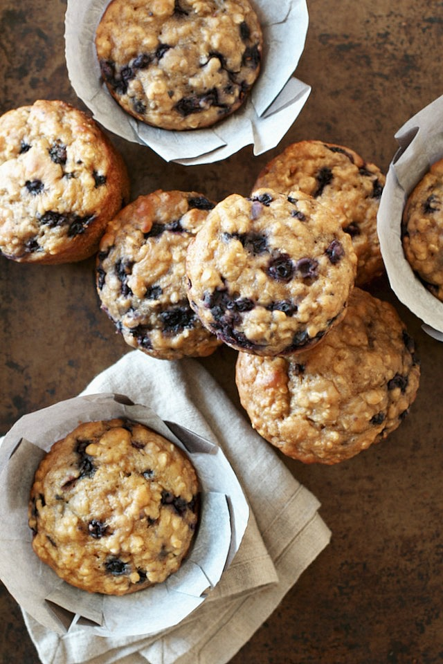these ridiculously soft and tender Blueberry Oat Greek Yogurt Muffins ...