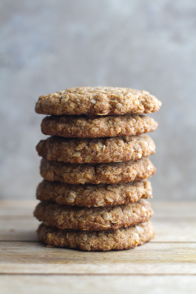 Almond Oatmeal Cookie