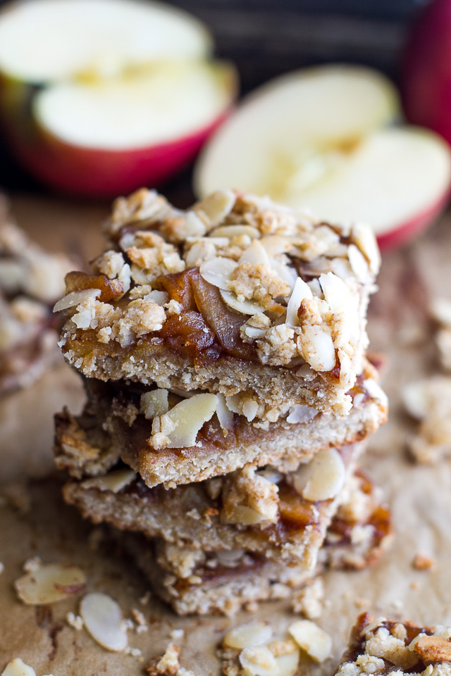 almond-spiked-apple-pie-bars