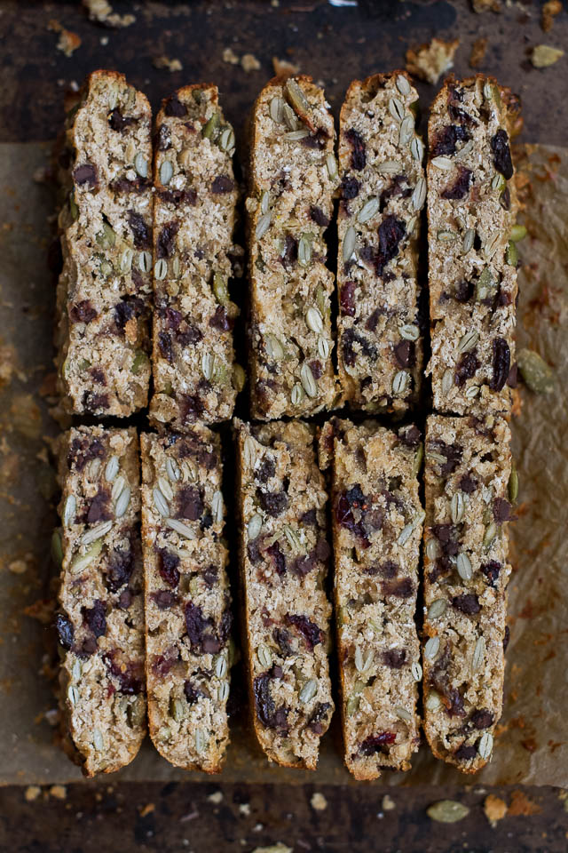 These chewy Trail Mix Protein Granola Bars make a super healthy, filling, and portable snack! You can even customize them with your favourite trail mix ingredients {gluten free, vegan, dairy free}  | runningwithspoons.com