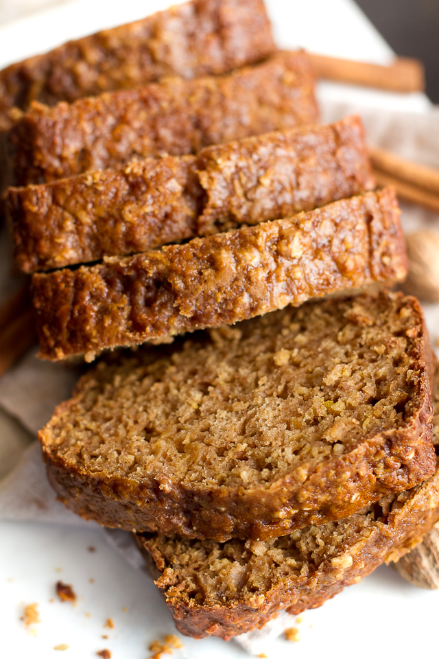 one-bowl-greek-yogurt-apple-oat-bread2