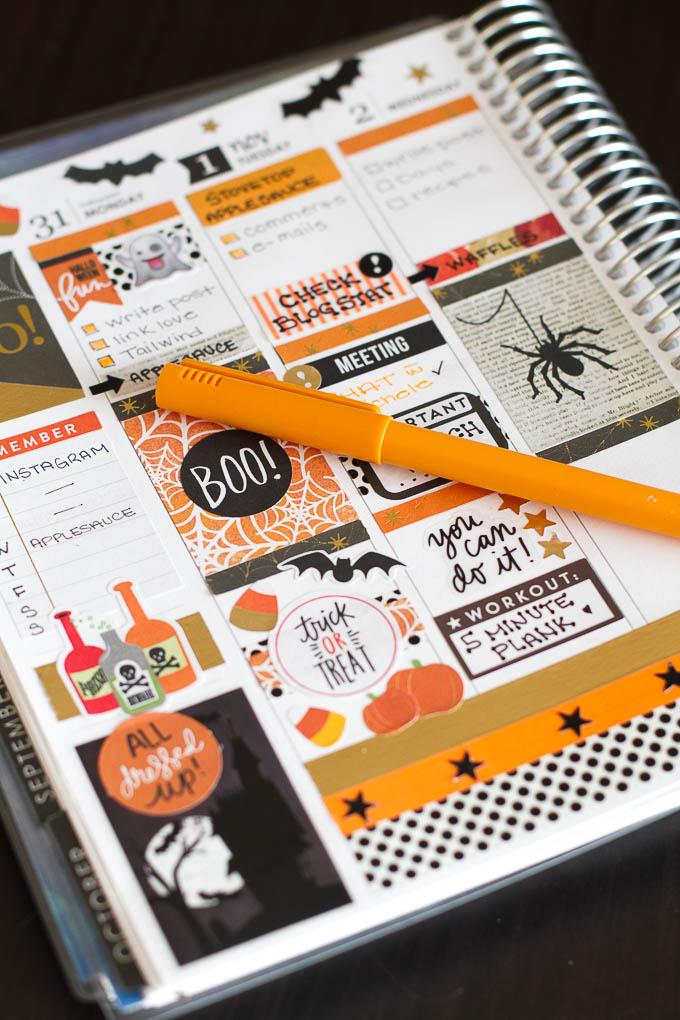 halloween-planner-spread