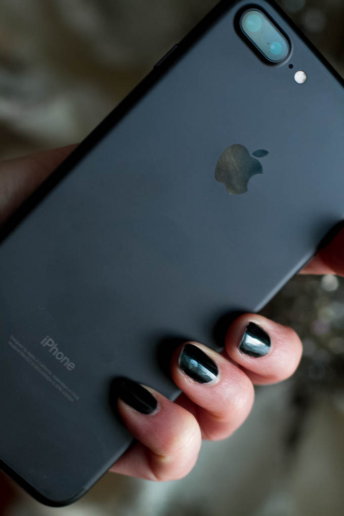 matte-black-iphone-7