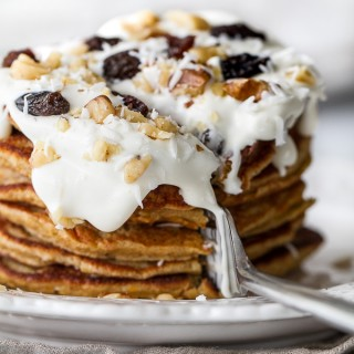 Carrot Cake Greek Yogurt Pancakes