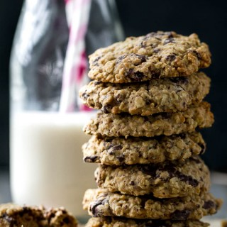 one bowl chocolate chip oatmeal cookies {gf, vegan}