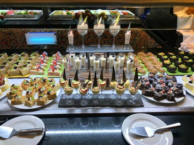 Resort Buffet2